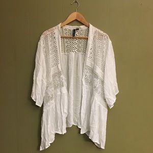 NWT-White lace kimono-3/4 sleeve-sheer